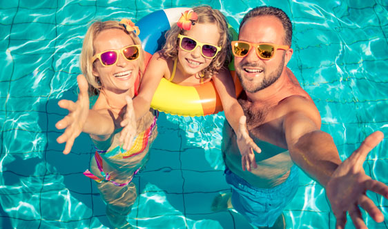 Professional Pool Tile Cleaning Pool Tile Cleaning Service